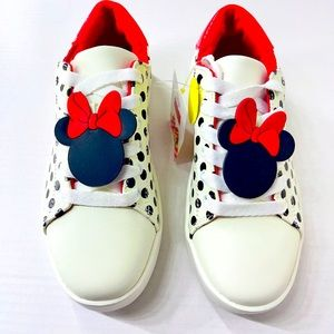 Minnie Mouse  Girls Polka Dot Sneakers